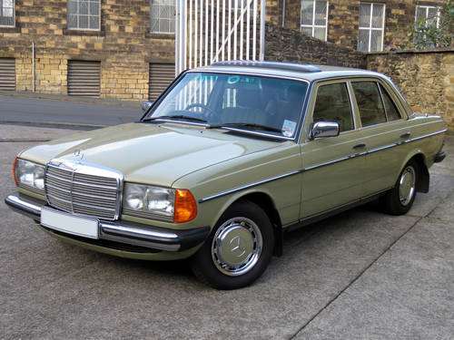 1983 Mercedes W123 230E Auto - Low Miles - History - Show Winner SOLD (picture 1 of 6)
