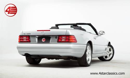1999 Mercedes R129 SL320 V6 /// Facelift /// Just 25k miles For Sale (picture 4 of 6)