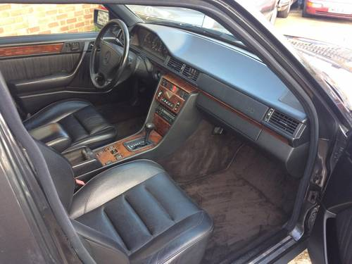 1992 Mercedes-Benz 500 E 500E E500 Super Saloon  SOLD (picture 4 of 6)