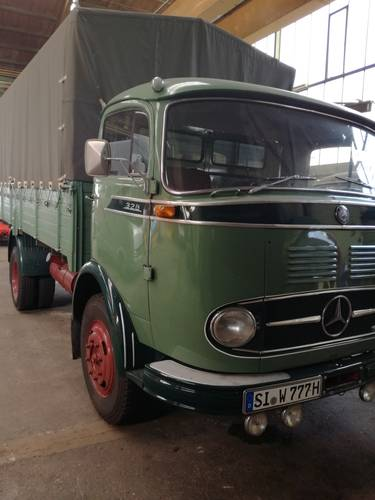 1963 Mercedes L328 Kurzhaube , 9tons, truck, drive licenze 3 SOLD (picture 1 of 6)
