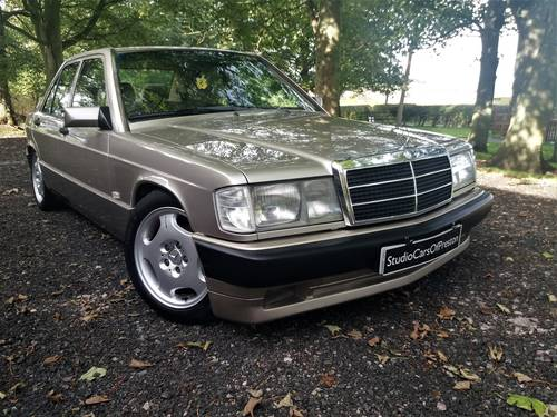 1990 Mercedes-Benz 190e in excellent condition throughout SOLD (picture 1 of 6)