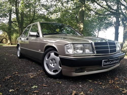 1990 Mercedes-Benz 190e in excellent condition throughout SOLD (picture 2 of 6)