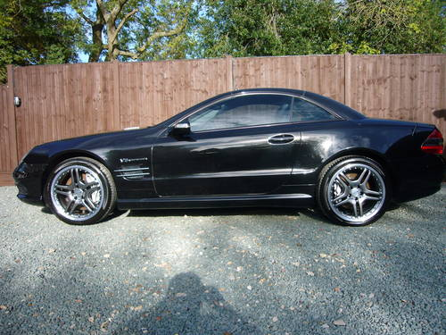 2006-06, SL 55 AMG, 69100 MILES, SAVE £5000 For Sale (picture 2 of 6)