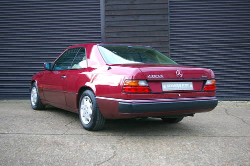 1992 Mercedes W124 230CE 2.3 2dr Coupe Auto (48,415 miles) SOLD (picture 3 of 6)