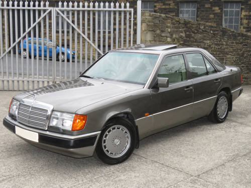 1991 Mercedes W124 300E Auto Saloon - Low Miles - FSH - Stunning! SOLD (picture 1 of 6)