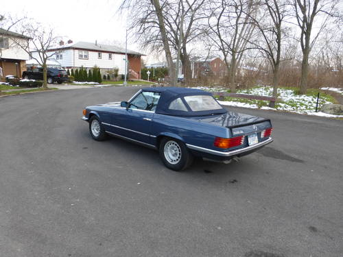 1984 Mercedes 500SL Euro Model Low Miles  - SOLD (picture 4 of 6)