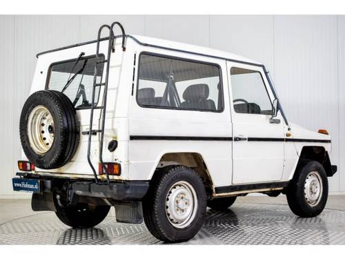 1986 Mercedes G-Wagon 300GD RHD For Sale (picture 2 of 6)