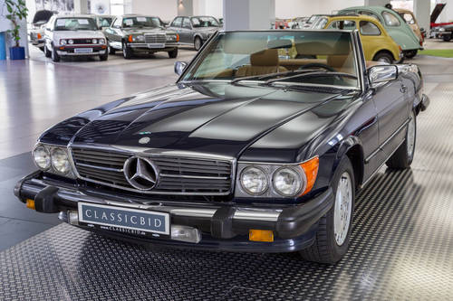 1987 Mercedes-Benz 560 SL For Sale (picture 1 of 6)