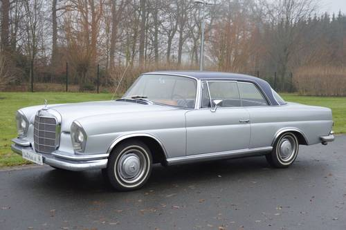 1967 (913) Mercedes-Benz 250 SE Coupé (W111) For Sale (picture 1 of 6)