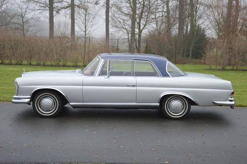 1967 (913) Mercedes-Benz 250 SE Coupé (W111) For Sale (picture 2 of 6)