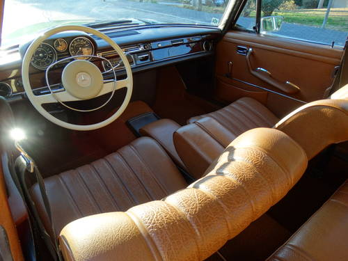 1972 Mercedes-Benz 280 SE, Concours condition, 49k kms For Sale (picture 4 of 6)