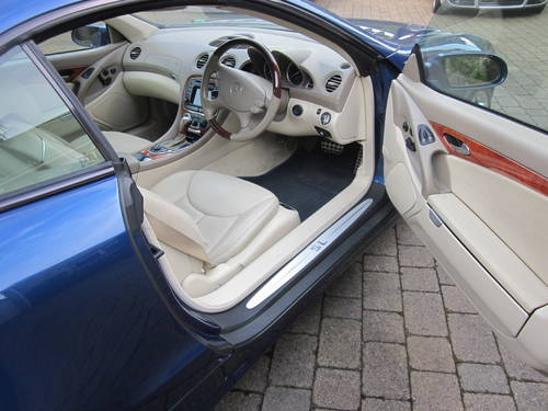 2004 Mercedes Benz SL500 For Sale (picture 6 of 6)