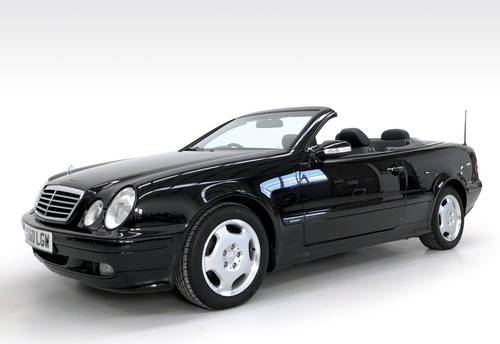 2000 Mecredes CLK320 with just 32000 miles! SOLD (picture 1 of 6)