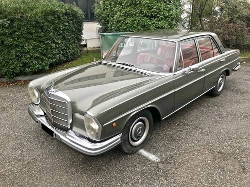 1966 Mercedes Benz - 250 S (W108) PERFECTLY CONSERVED SOLD (picture 1 of 6)