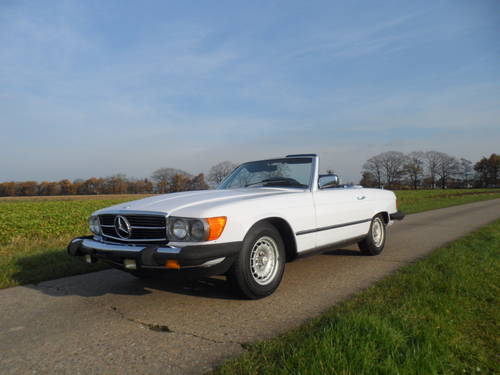 1983 Mercedes 380SL '83 with hard and soft top included SOLD (picture 1 of 6)