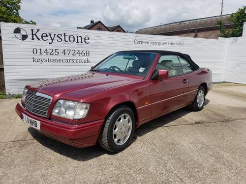 1995 Rare E220 Cabriolet For Sale (picture 1 of 6)