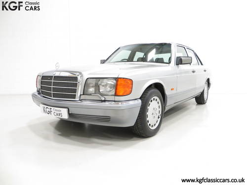 1991 An Opulent Mercedes-Benz W126 300SE with Just 64,801 Miles SOLD (picture 2 of 6)