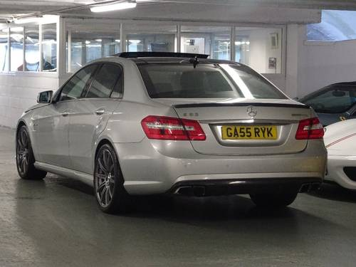 2012 Mercedes-Benz E Class 5.5 E63 BlueEFFICIENCY AMG MCT 7S 4dr  For Sale (picture 3 of 6)