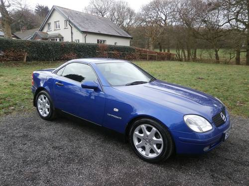 1999 MERCEDES SLK230K AUTO BLUE JUST 22K NO RUST STUNNING!! SOLD (picture 1 of 6)