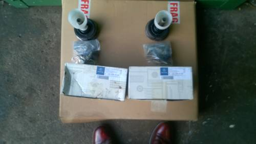 NEW 1 PAIR W126 CASTOR BUSH KITS GENUINE MERCEDES For Sale (picture 1 of 3)