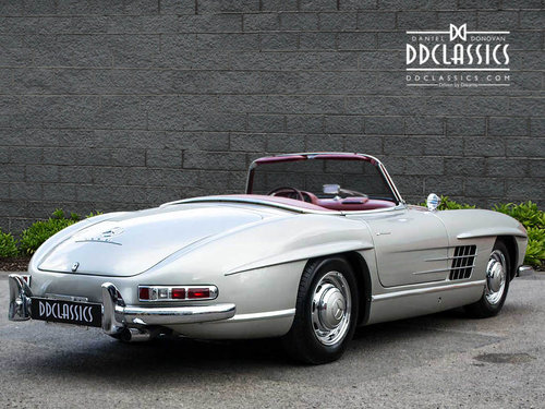 1957 Mercedes 300 SL Roadster (LHD) SOLD (picture 2 of 6)