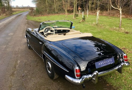 1956 Mercedes-Benz 190SL Cabriolet - Beautifully Restored SOLD (picture 2 of 6)