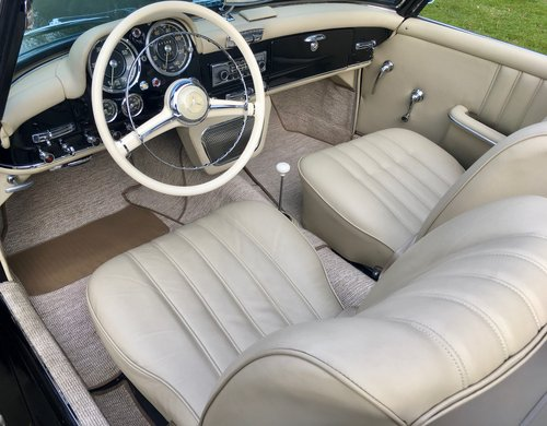 1956 Mercedes-Benz 190SL Cabriolet - Beautifully Restored SOLD (picture 3 of 6)