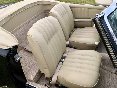 1956 Mercedes-Benz 190SL Cabriolet - Beautifully Restored SOLD (picture 4 of 6)