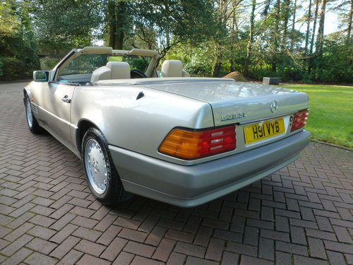 1991 UK Supplied SL500. Only 62k+One Family ownership for 26 yrs! SOLD (picture 4 of 6)