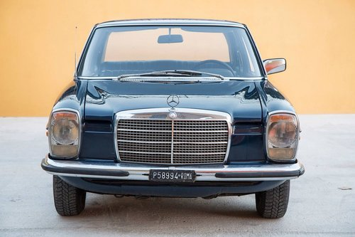 1975 Mercedes Benz 250SE w114 SOLD (picture 3 of 5)