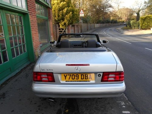 2001 Mercedes SL 320 Convertible  For Sale (picture 4 of 4)