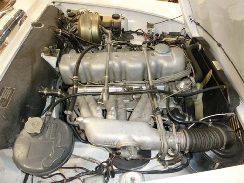MERCEDES BENZ 230 SL PAGODE W113 - 1965 For Sale (picture 5 of 6)