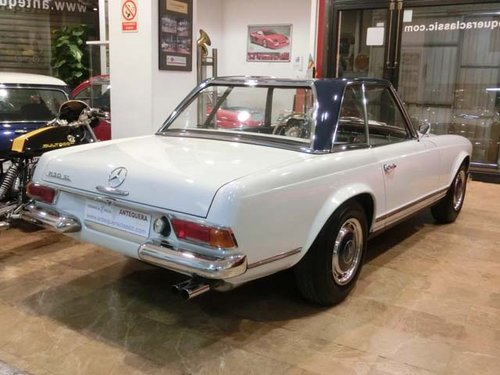 MERCEDES BENZ 230 SL PAGODE W113 - 1965 For Sale (picture 2 of 6)