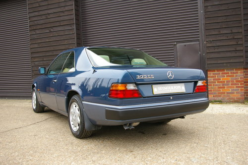 1992 Mercedes W124 E-Class 300CE Coupe Auto (157,000 miles) SOLD (picture 3 of 6)