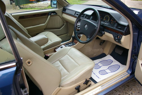 1992 Mercedes W124 E-Class 300CE Coupe Auto (157,000 miles) SOLD (picture 4 of 6)