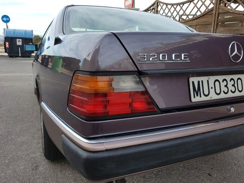 1953 Mercedes 320ce  W124 For Sale (picture 2 of 6)