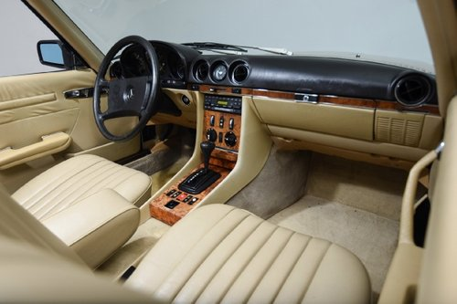 1985 LHD Mercedes Benz 280SL Auto For Sale (picture 4 of 5)