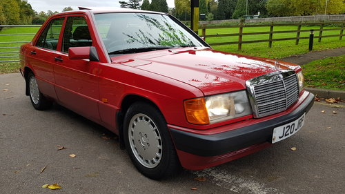 1992 190d 2.5 Auto 63300m AirCon Lthr, Sroof E/Seats EVERY OPTION For Sale (picture 1 of 6)
