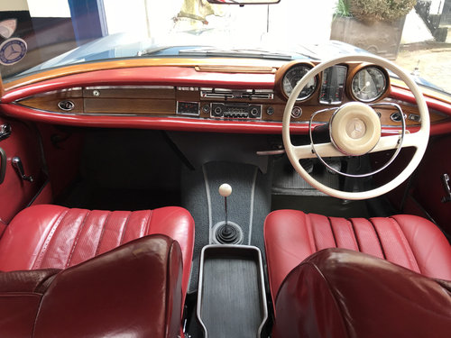 1965 Mercedes Benz 220SEB Coupe - Remarkable Condition SOLD (picture 2 of 6)