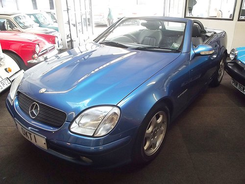 2003 MERCEDES SLK 230 AUTO KOMPRESSOR H/TOP CONVER '04 MY SOLD (picture 1 of 5)