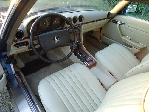 Mercedes 450SLC 5.0 1979 investment car For Sale (picture 3 of 6)