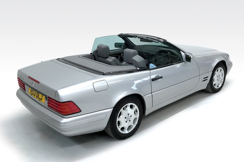 1998 Mercedes SL320 DEPOSIT TAKEN SOLD (picture 2 of 6)
