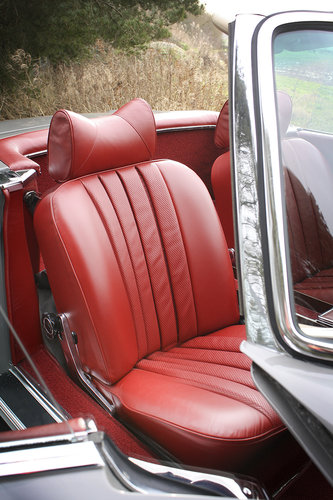 1970 Mercedes-Benz 280SL Pagoda **NOW SOLD** For Sale (picture 5 of 6)