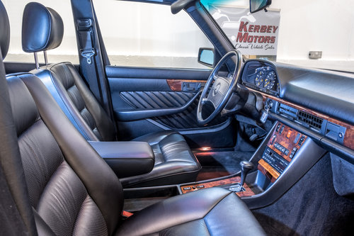 1989 **9,000 MILES FROM NEW** A STUNNING 420SEL - W126** For Sale (picture 4 of 6)
