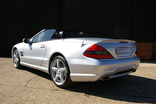 2011 Mercedes-Benz SL350 7G-Tronic Auto (22,098 miles)   SOLD (picture 3 of 6)