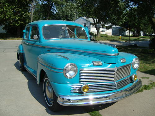 1942 Mercury 4DR Town Sedan *RARE* For Sale (picture 1 of 6)