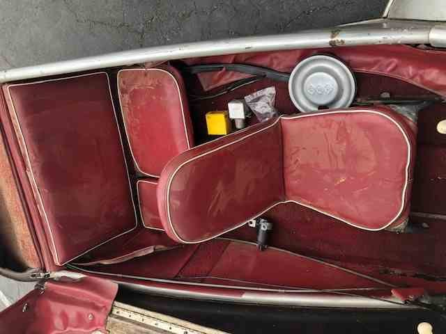 1960 Messerschmitt Kr200 = Rare + Clean Silver(~)Red $26.5k For Sale (picture 4 of 5)
