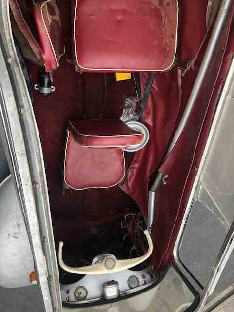 1960 Messerschmitt Kr200 = Rare + Clean Silver(~)Red $26.5k For Sale (picture 5 of 5)