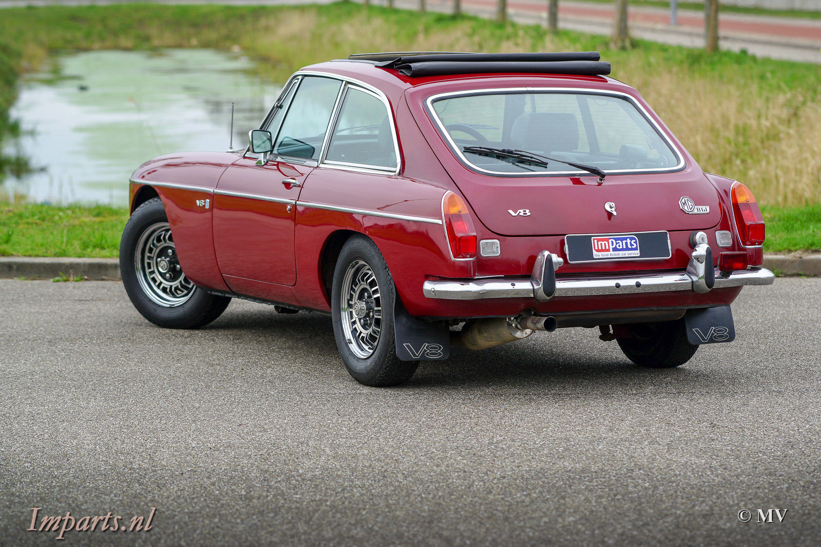 1973 MGB GT V8 with Overdrive + Webasto For Sale (picture 6 of 6)