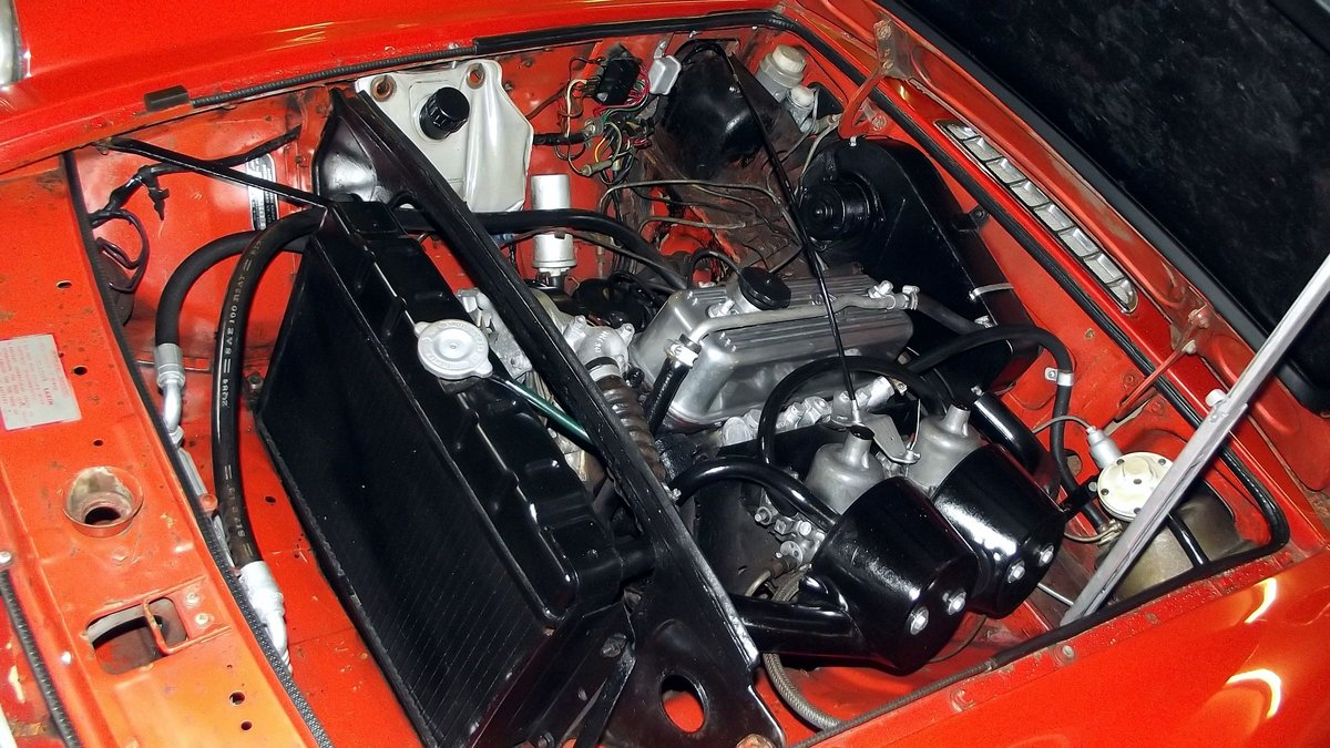 1974 MG BGT COUPE with overdrive and chrome bumpers For Sale (picture 5 of 6)